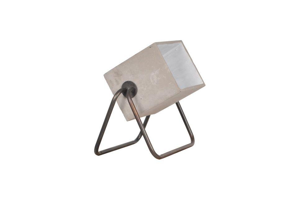 Betonlamp omhoog - 6