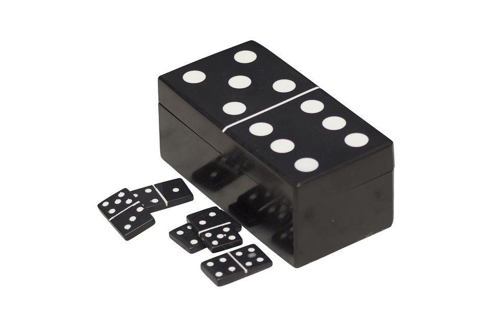 Deze domino doos, in de vorm van een