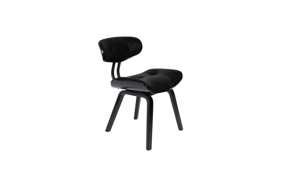 Deze prachtig gemaakte stoel is ook zeer comfortabel