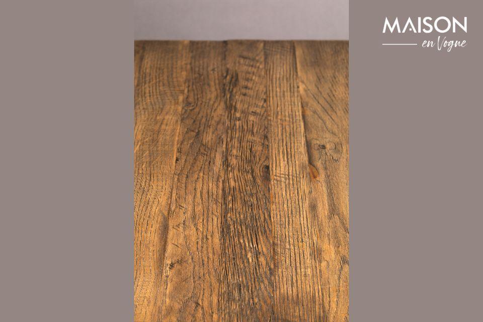 De Comptoir Braza Carrée Brun tafel is zeer stabiel met zijn solide basis en combineert