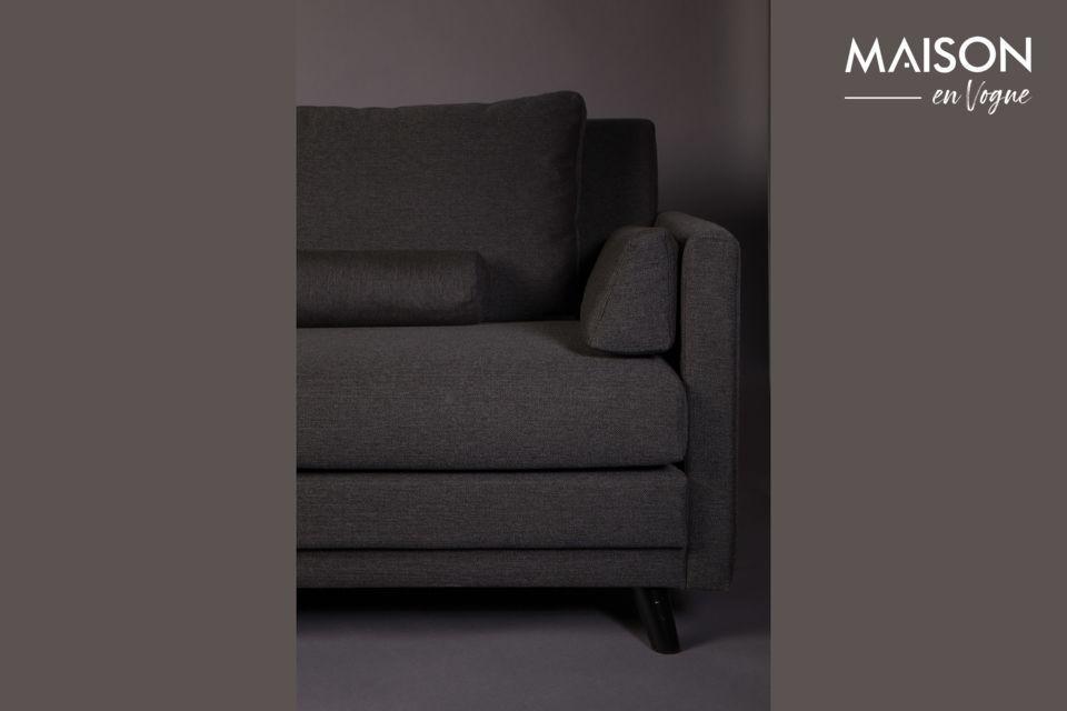 Deze bank wordt geleverd met 6 afneembare kussens voor maximaal comfort