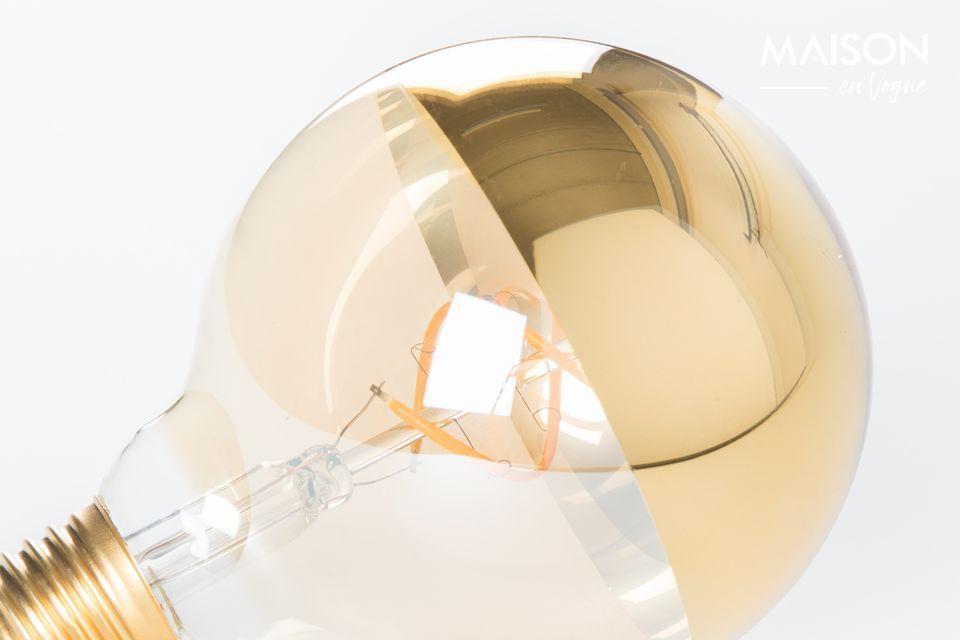 De tafellamp is ontworpen als een lichtgevend kunstwerk.