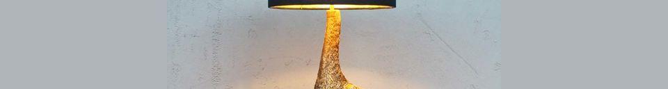 Benadrukte materialen Howard tafellamp