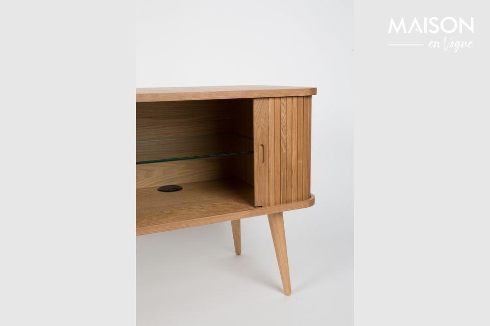 Het brengt een vleugje warmte in uw woonkamer of eetkamer met zijn lichte hout