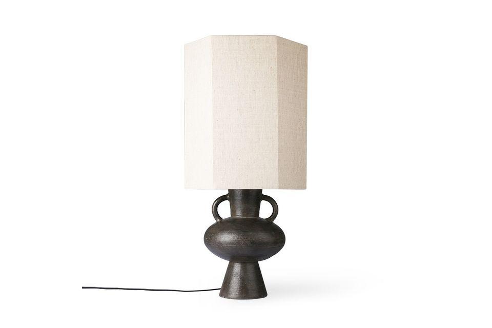 De grote Curgy-lampvoet is met de hand gemaakt en heeft de authenticiteit van steengoed in