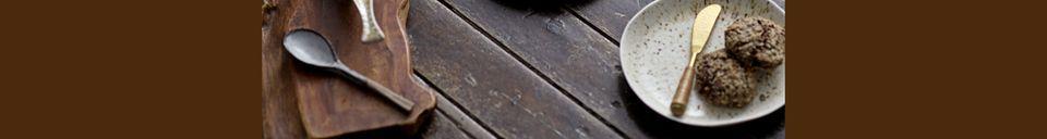 Benadrukte materialen Lepel Drukaat in steengoed