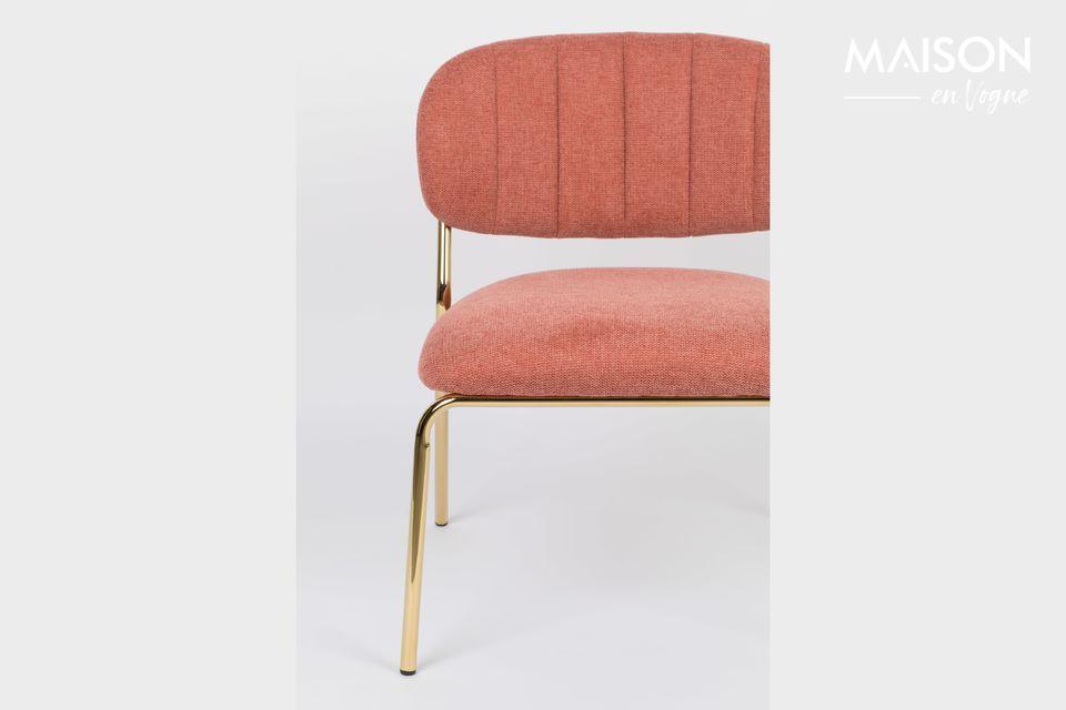 Roze en gouden loungestoel
