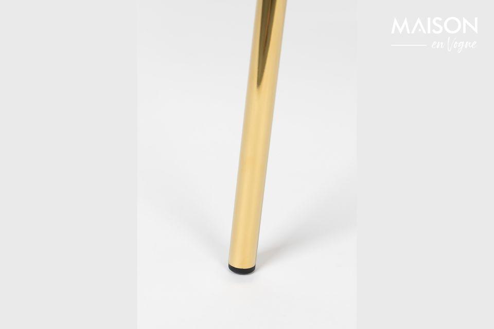 De poten zijn gemaakt van gepoedercoat staal