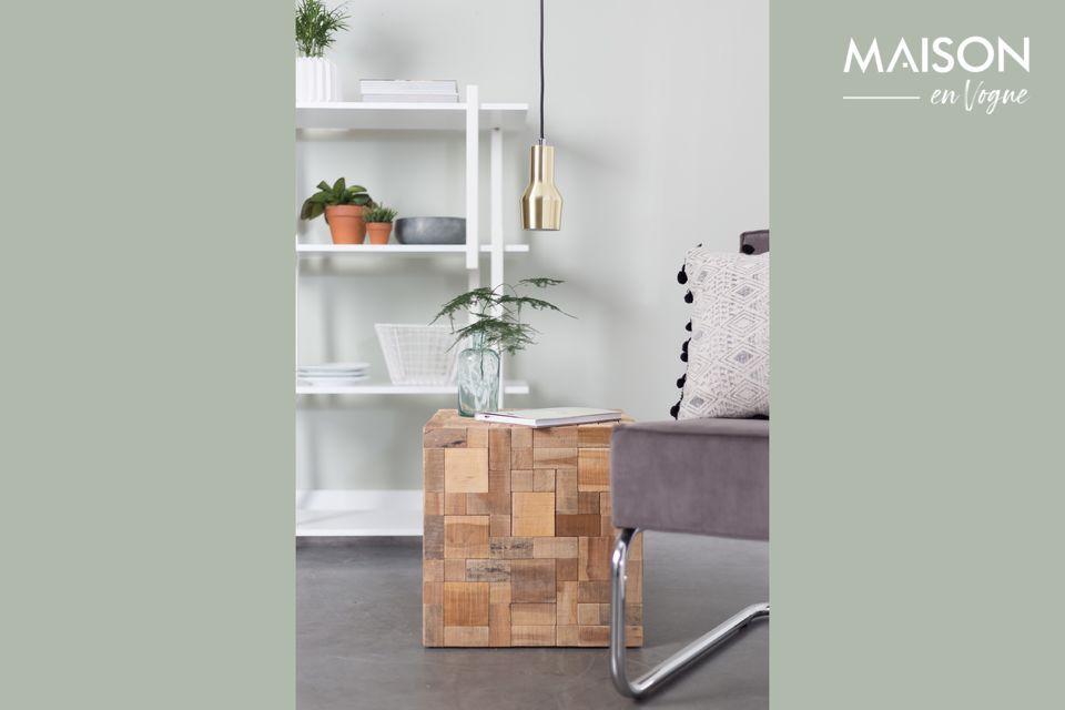 Deze kleine bijzettafel zal het gezellige en warme karakter van een woonkamer of slaapkamer