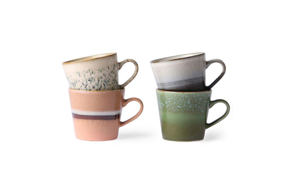 Set van 4 keramische cappuccino cups jaren 70 HK Living