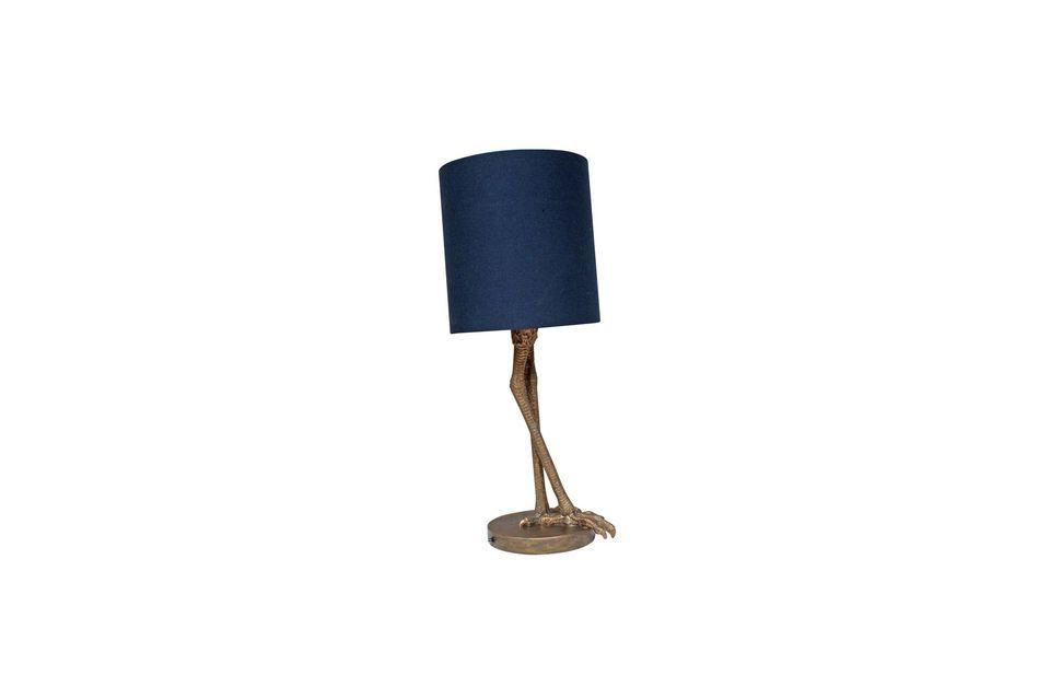 De Anda tafellamp biedt een zeer klassieke en veelzijdige donkerblauwe cilindrische lampenkap