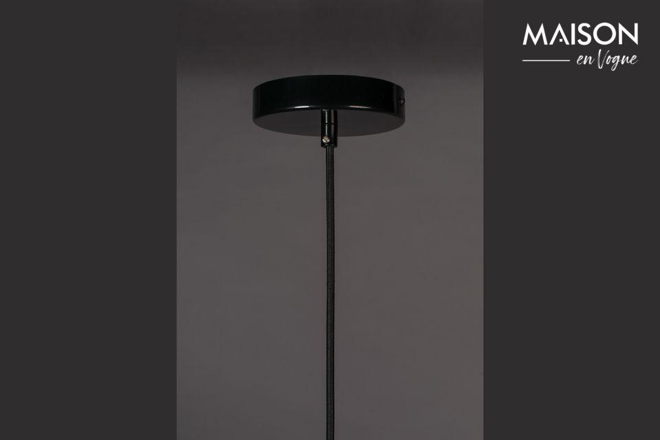 Een echt ontwerp voor deze zwarte lamp