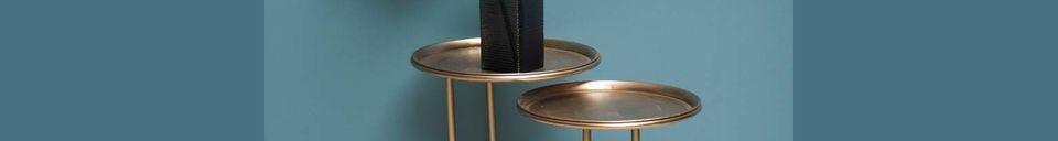 Benadrukte materialen Verduisteringsmetalen bijzettafelduo