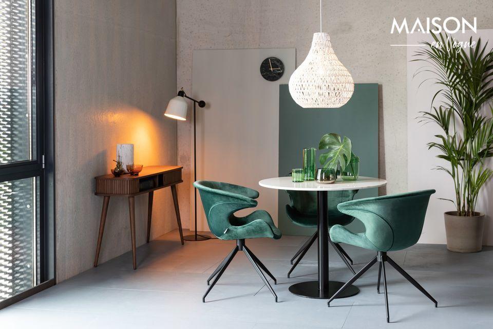 Een elegante tafel van edel hout