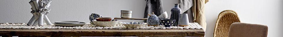 Benadrukte materialen Wit steengoed Camellia potje met deksel